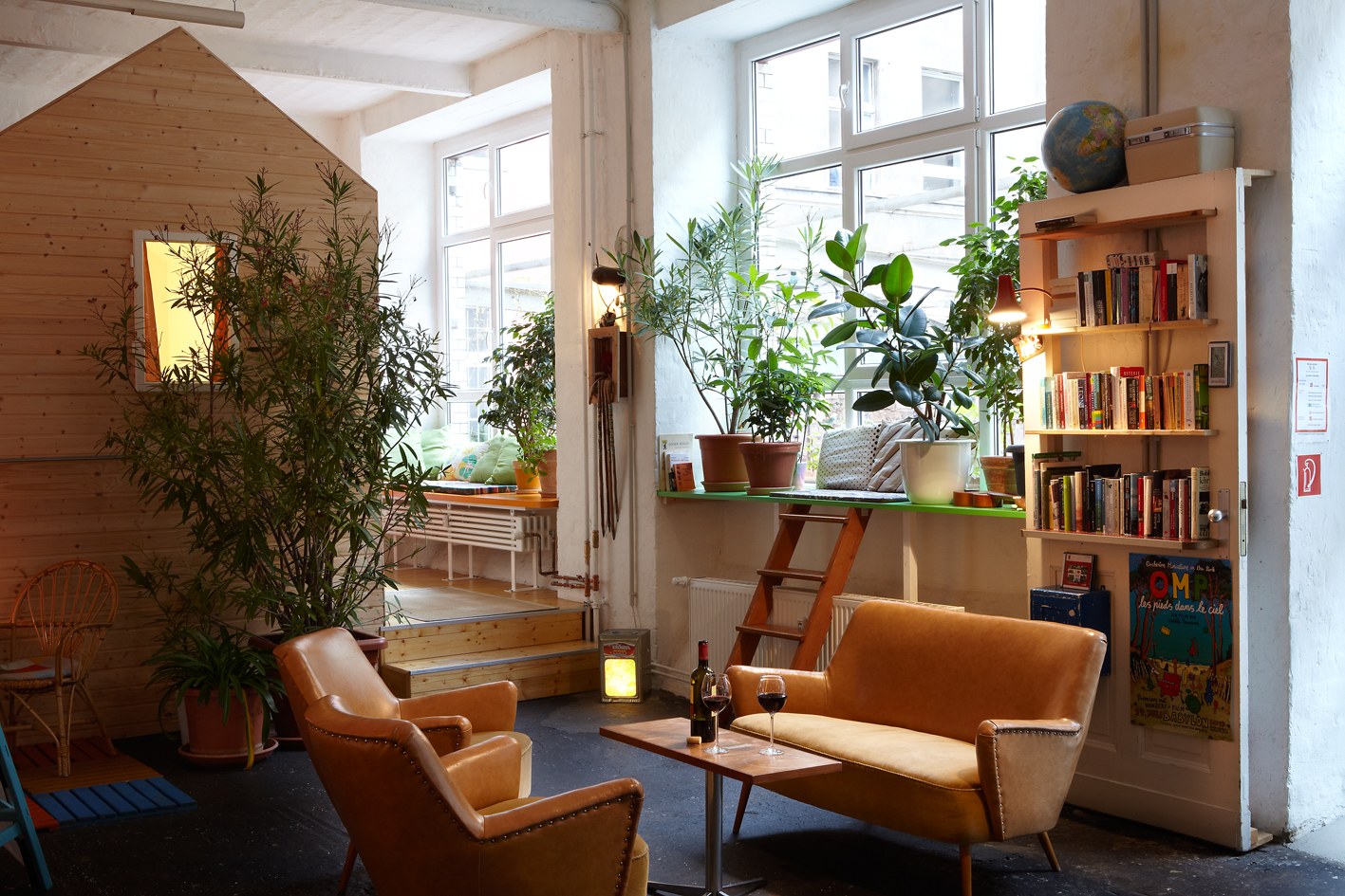 Huettenpalast in the MYKITA Berlin Guide: STAY