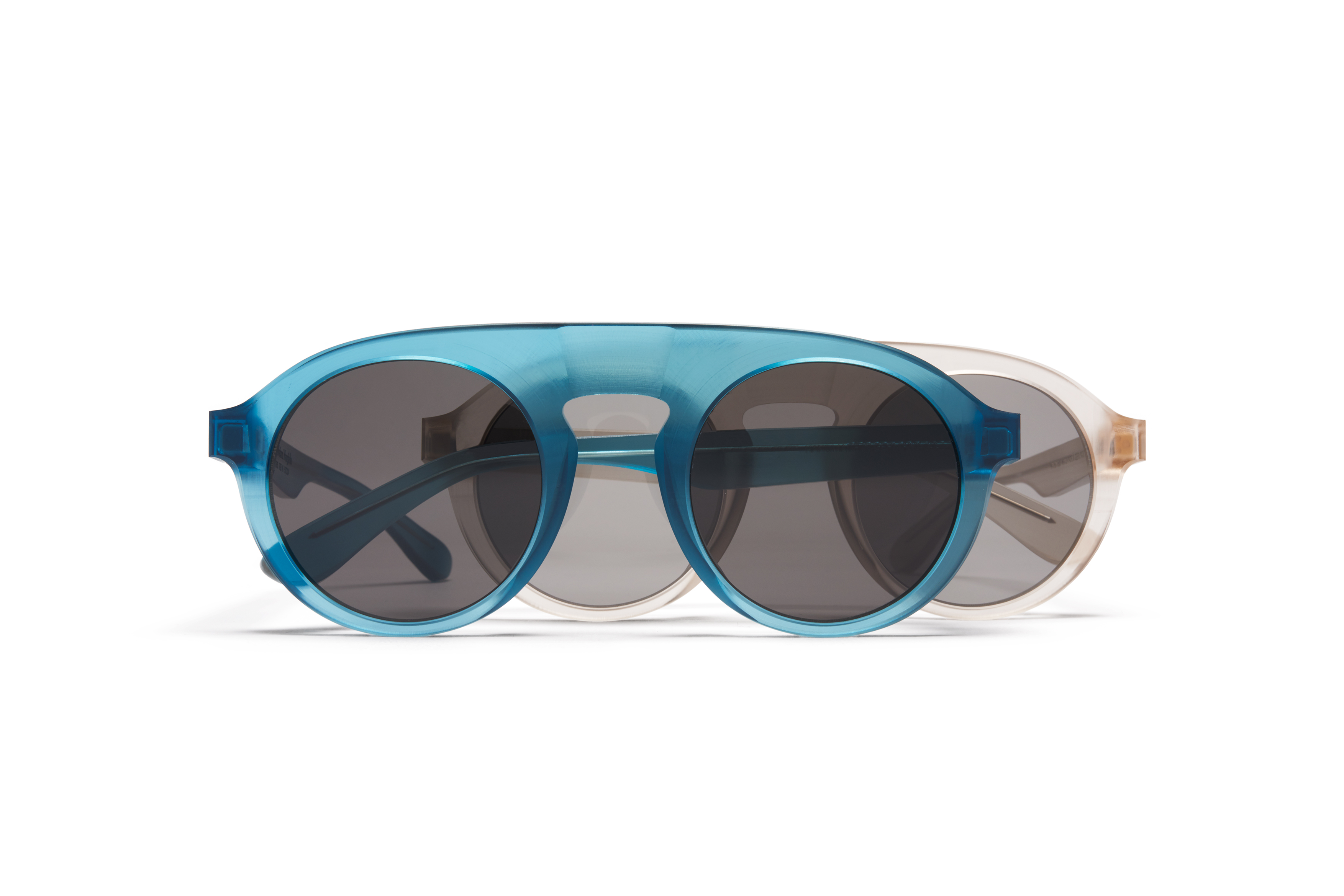 MYKITA Mm Sun Mmraw003 Raw Champagne Grey Solid MYKITA Mm Sun Turquoise Darkgrey Solid Gs
