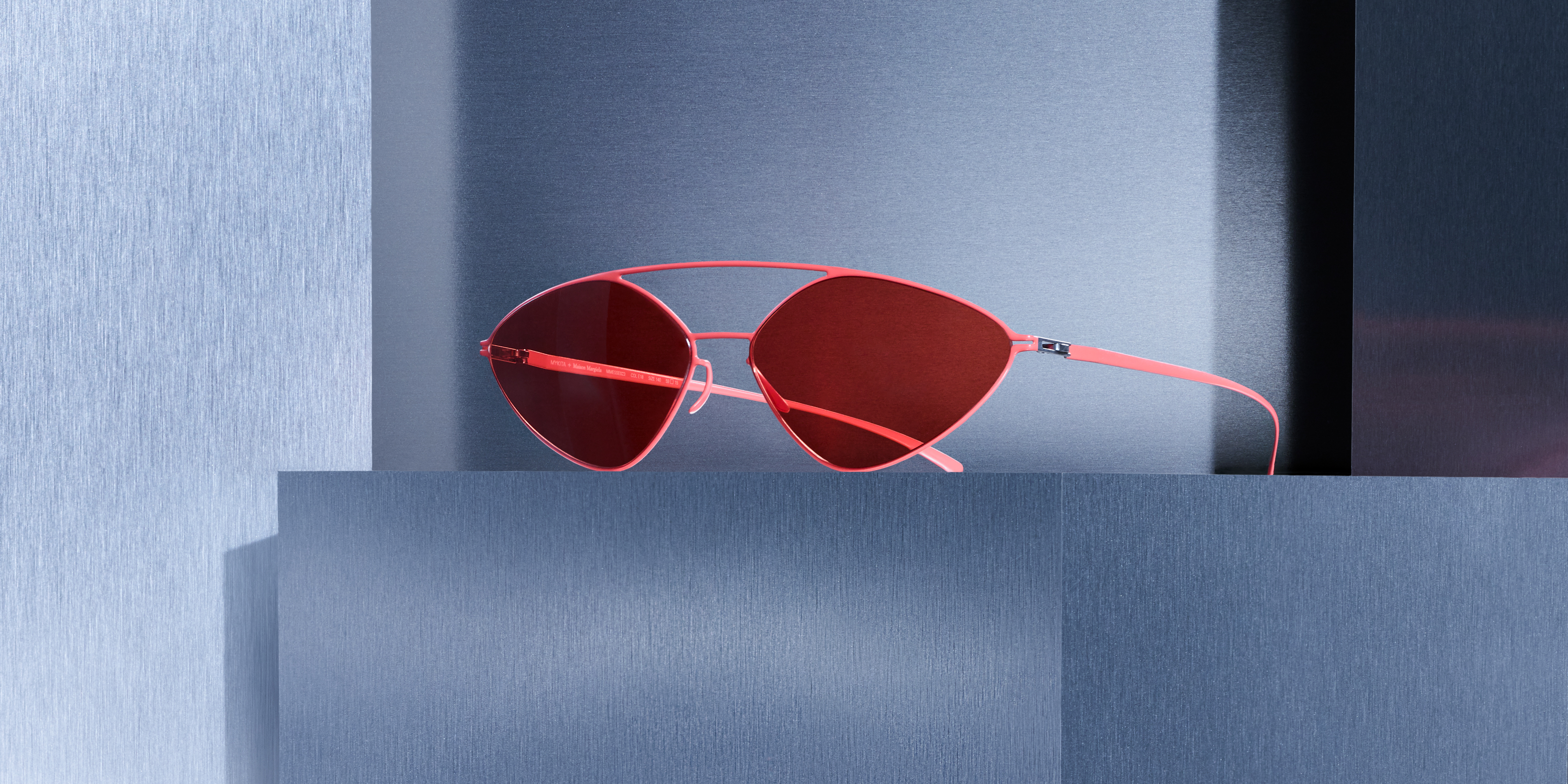 MYKITA Maison Margiela Campaign Mmesse23 Baywatch Red Ultra Red Solid Srgb Desktop